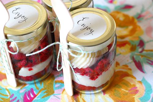 10Edible Favor - Cupcake in a Jar